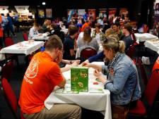 Spelletjesfanaten halen hart op tijdens spellenbeurs in Veldhoven
