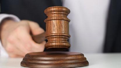 Man misbruikt wettelijk aangenomen dochter vanaf haar vijfde, feiten komen pas tien jaar later aan het licht
