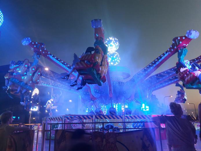 De Disco Jumper op het NS-plein.