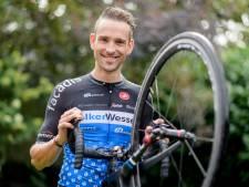 Schulting, Baak en Kroonen fietsen door bij VolkerWessels-Merckx