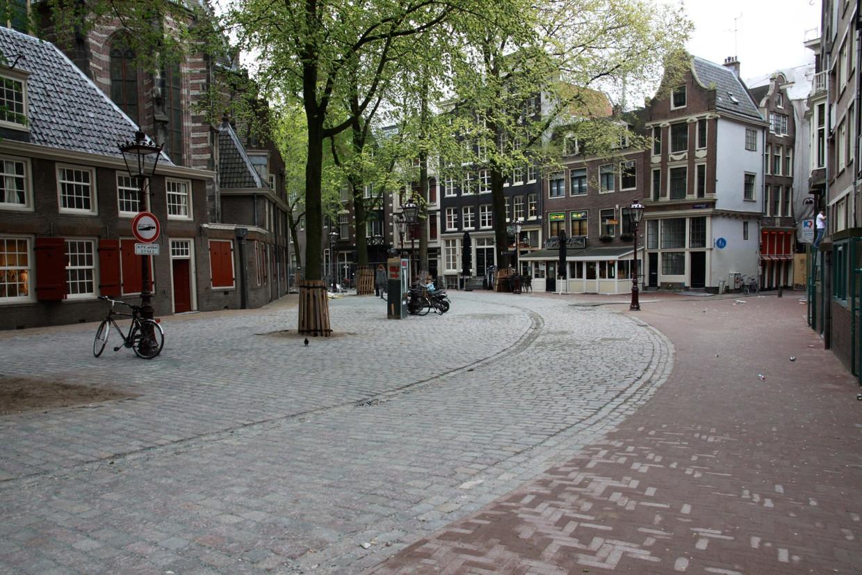Kinderkopjes liggen nog maar op een paar plekken in de Amsterdamse binnenstad, waaronder het Oudekerksplein, de Westermarkt en verschillende locaties in het Havengebied. De Westerdokskade valt onder die laatste.
