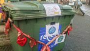 Leerlingen De Kleine Prins versieren afvalcontainer om waardering voor ophalers uit te drukken