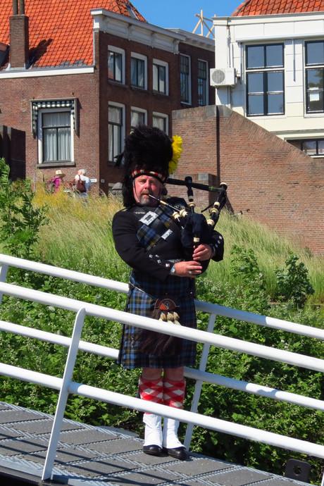 Welkom in stijl voor Schotse gasten wvs De Merwede in Gorinchem