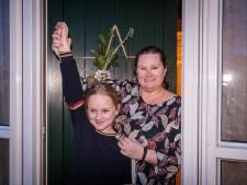 Na een pak stroopwafels wint Hilda uit Vollenhove nu echt een vette prijs met haar postcode, 'paar keer naar Disneyland!'