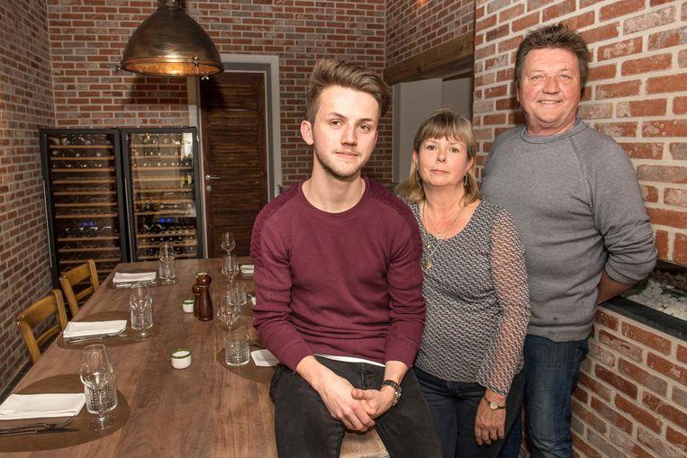Michael neemt restaurant D'Hofstee over van zijn ouders Angela en Eddy. Het eerste wat hij deed? Gilles aanwerven.