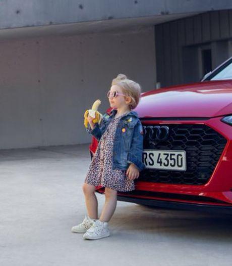 Audi onder vuur na 'seksistische' advertentie van klein meisje dat banaan opeet