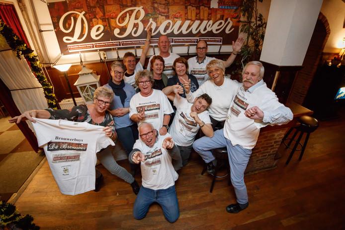 De Brouwerboys houden een reünie op 9 december aanstaande. Deze leutige vriendengroep organiseert dat en bestaat 25 jaar.