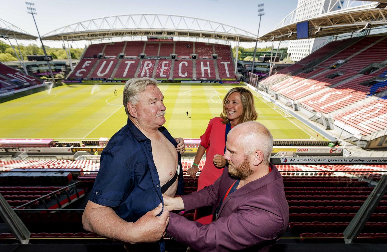 Frans van Seumeren (L), eigenaar van FC Utrecht, deed al eerder mee aan de stresstest.