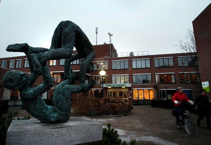 Bij de Triangel in De Lier zijn drie bewoners met het coronavirus besmet.