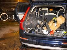 Auto in Zwolle loopt zware schade op na nachtelijke brand