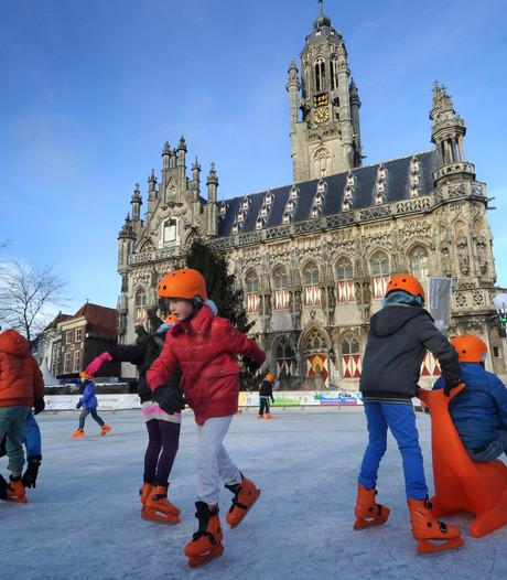 Middelburg bereidt zich voor op komst kerstboom en ijsbaan