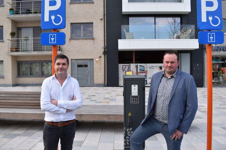 Houtem gaat voor elektrische deelwagens op het Marktplein.