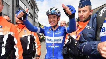 """Remco Evenepoel heeft zijn eerste profzege beet in de Ronde van België: """"Dit heb ik nog nooit gezien"""""""