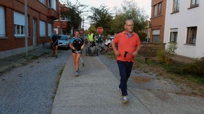 Joggingclub ruimt zwerfvuil tijdens het lopen