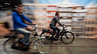 Vlaanderen wil op termijn snelwegen voor elektrische fietsen
