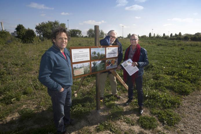Ab Verheul, Arie Kooy en Cor van der Donk van de Werkgroep Groen Hees.