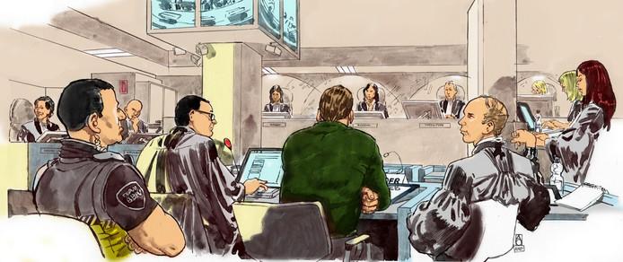 Willem Holleeder met zijn advocaat Robert Malewicz (links van hem) en advocaat Sander Janssen (rechts), tijdens de voortzetting van de strafzaak.