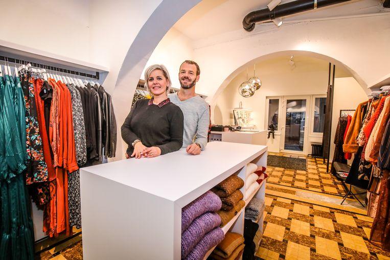 Oostende La fille is verhuisd en vernieuwd: Nathalie Renotte en man Geert Vanbesien