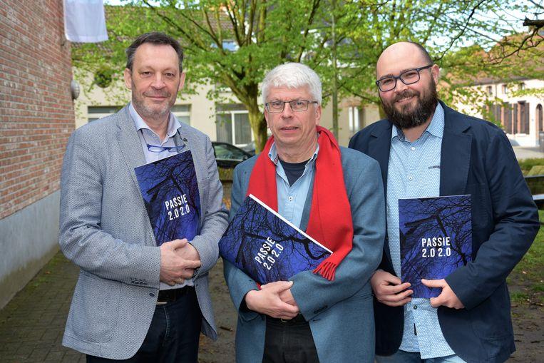 HINGENE Raf Joos, Frank van Mossevelde en Jaak Lema bij de voorstelling van Passie 2.0 2.0