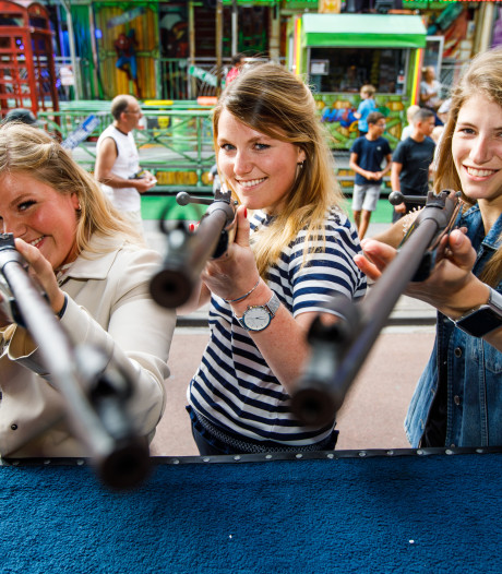 De nichtjes van Luchtbuks Ria kunnen ook schieten. In de voetsporen van hun tante