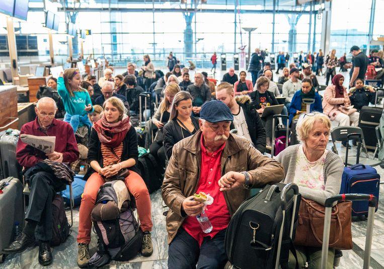 Gestrande passagiers vrijdag in Oslo, Noorwegen.