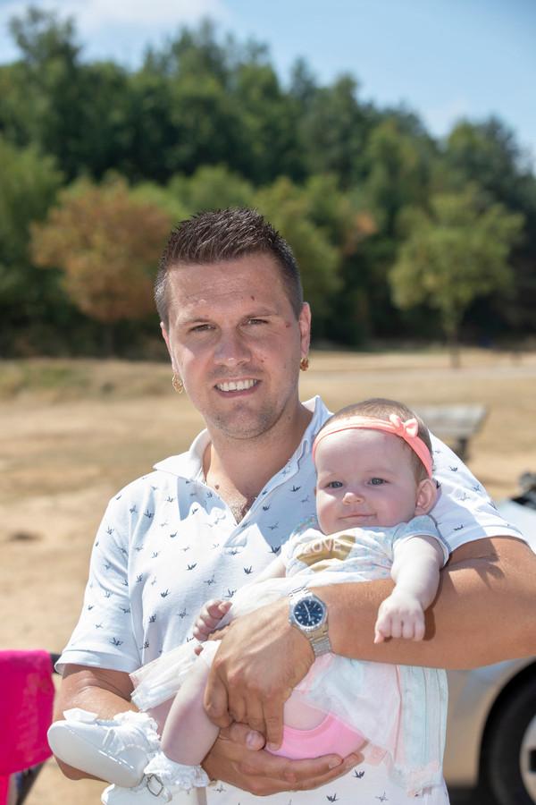 Pieter Keuter met dochter Meta op Kwintelooijen.