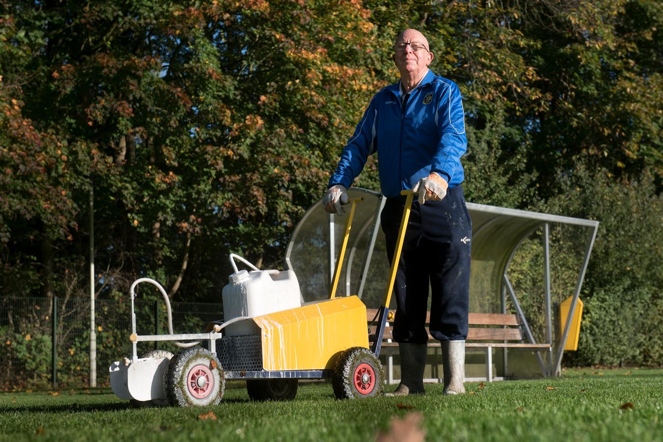 Clubheld Harry Appeldoorn van SML en Vitesse.