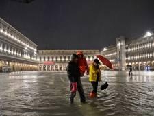 Fait assez rare en juin, la place Saint-Marc à Venise sous les eaux