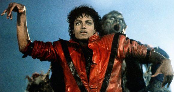 Michael Jackson in de clip van Thriller.