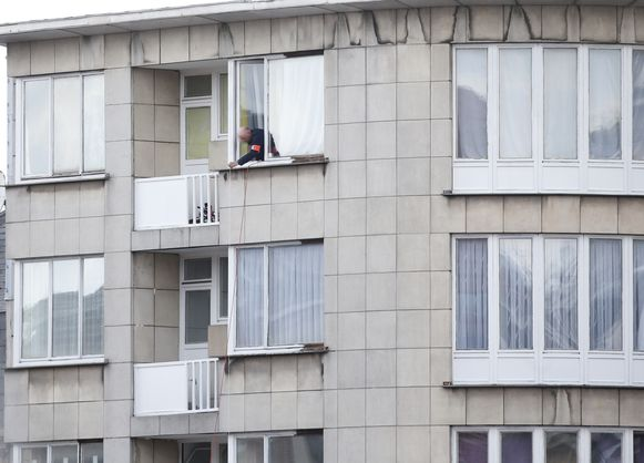 Het door de terroristen gehuurde appartement in de Max Roosstraat in Schaarbeek.