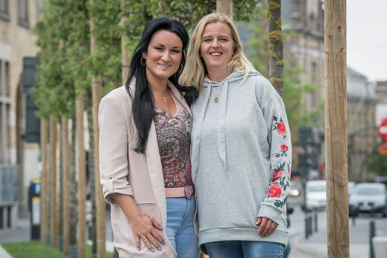 Zangeres Jennifer Berton en Frédérique Vanassche van vzw Saying Goodbye.