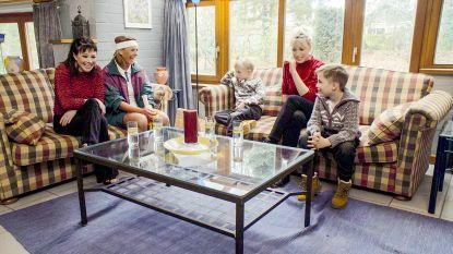 """Erika Van Tielen en zus Heidi keren terug naar 1995: """"Die kleren van toen: net mijn personage uit 'Familie'"""""""