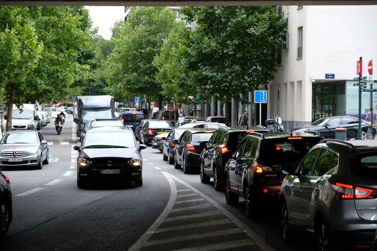 Verkeerschaos in de Europese wijk.