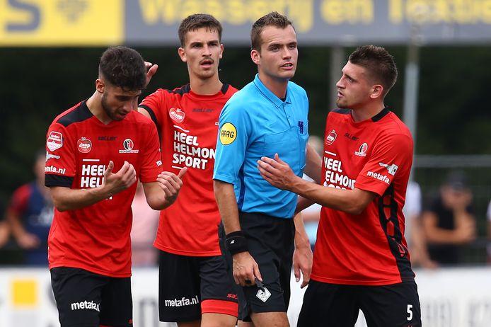 Alec Van Hoorenbeeck miste dit seizoen nog geen minuut bij Helmond Sport.