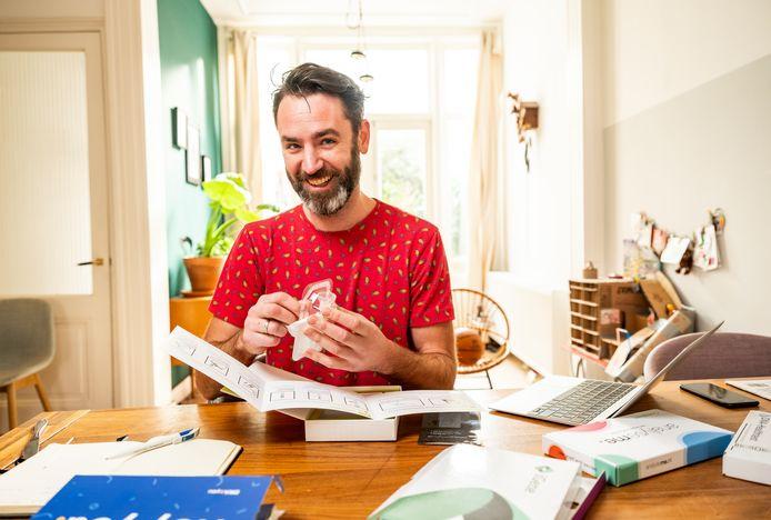 Matthijs Meeuwsen stuurt zijn dna naar testbedrijven en krijgt te horen dat hij een verhoogde kans heeft op diabetes type II. Of toch niet?