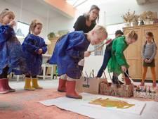 'Sprookjesschilders' gaan los in oude Arnhemse verffabriek