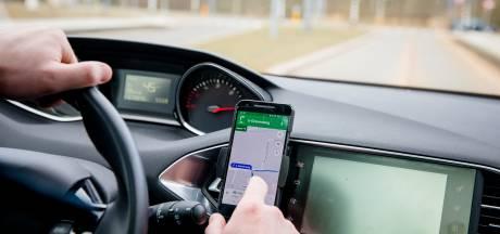 'Waarom is er niet meer controle op smartphones achter het stuur?'