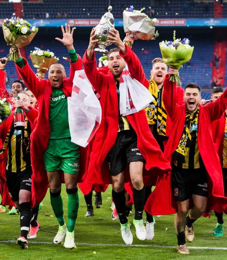 KNVB test met vierde wissel in bekertoernooi