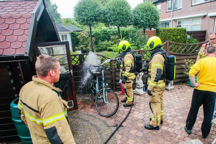 Elektrische fiets vuur brand Prattenburg Dordrecht