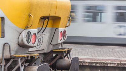Treinramp op het nippertje vermeden: wagons op drift in Visé, spoorarbeiders kunnen net op tijd wegspringen