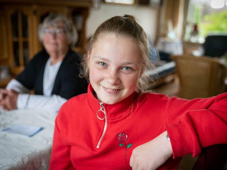 Denise (12) ziet mensen opfleuren op de soos