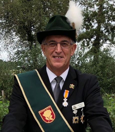 Koninklijke eer voor Beekse schutter John Cremers