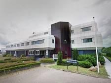 Nissewaard zet intrekking van vergunning 'Polenhotel' door