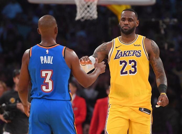 LeBron James (à droite).