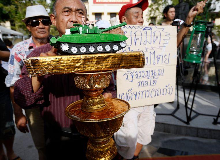 Tegenstanders van het militair bewind eerder deze maand, tijdens een demonstratie voor vrije verkiezingen en een terugkeer naar burgerbestuur. Beeld EPA
