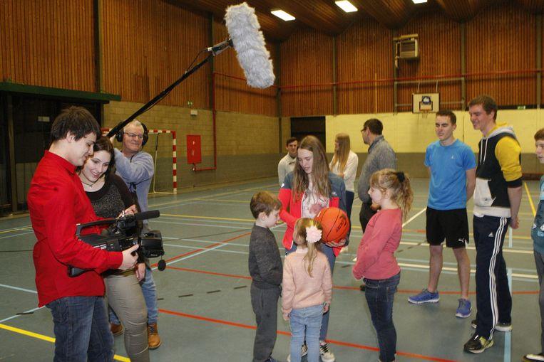 Er vonden filmopnames plaats in de sporthal van Hoegaarden.