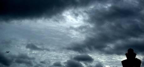 Gevaarlijk weer met zware windstoten op komst: code oranje, drukke avondspits verwacht [LIVEBLOG]