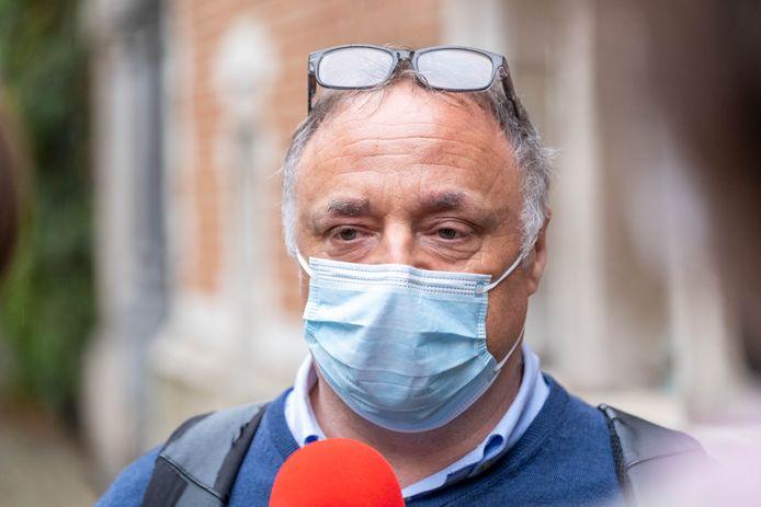 """Marc Van Ranst verschijnt voor de rechter in Mechelen na een klacht wegens """"roekeloze uitspraken"""""""