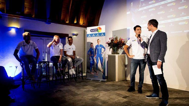 Kai Verbij tijdens de presentatie van schaatsploeg Team Plantina Beeld anp