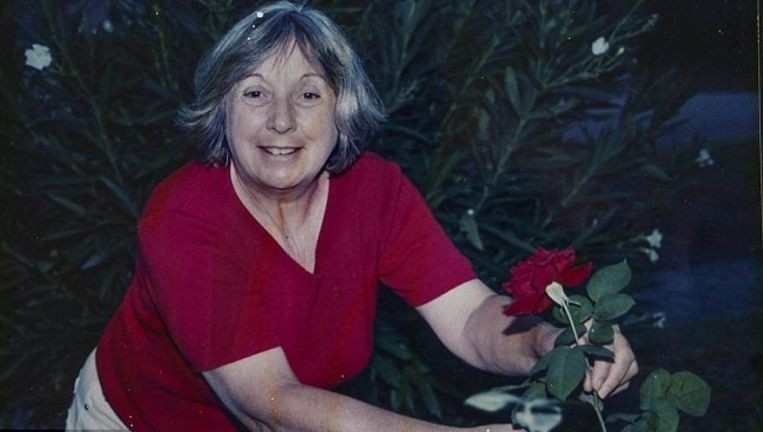 Anne, de echtgenote van Chris Wortham, werd gebeten door een slang.